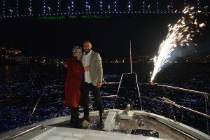 DSC 0902 300x200 - Yatta Evlilik Teklifi Sürprizi - Teknede evlenme teklifi
